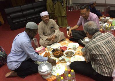 iftar bersama non-muslim 2019 4