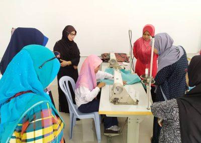 projek jahitan ppe MERCY Malaysia 3