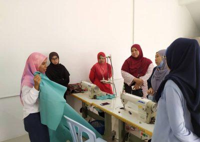 projek jahitan ppe MERCY Malaysia 4